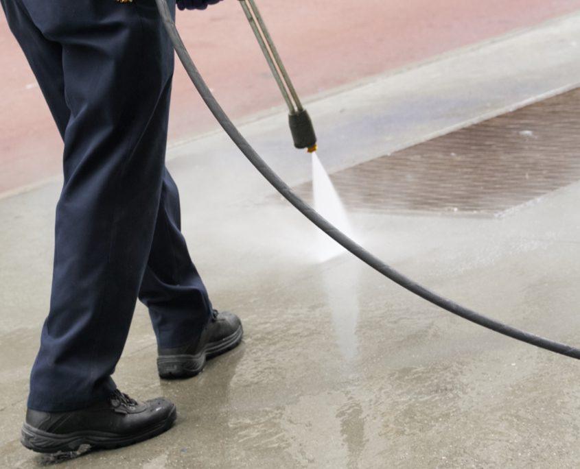 Pressure Cleaning Service Redlands - High Pressure Washing Equipment