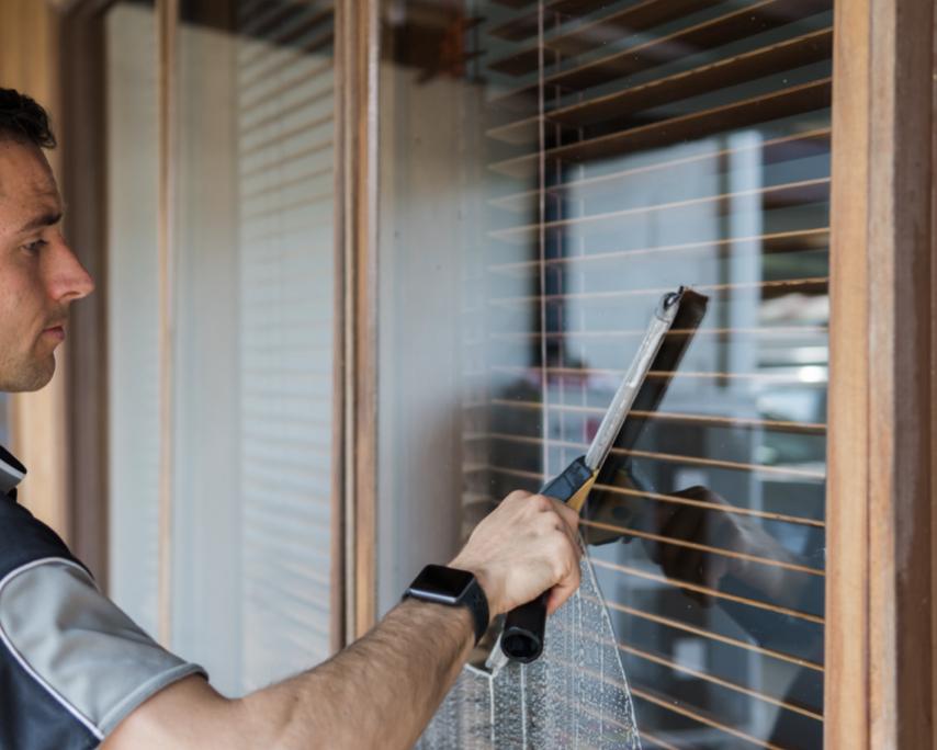 Property Window Cleaning - Redlands House Washing